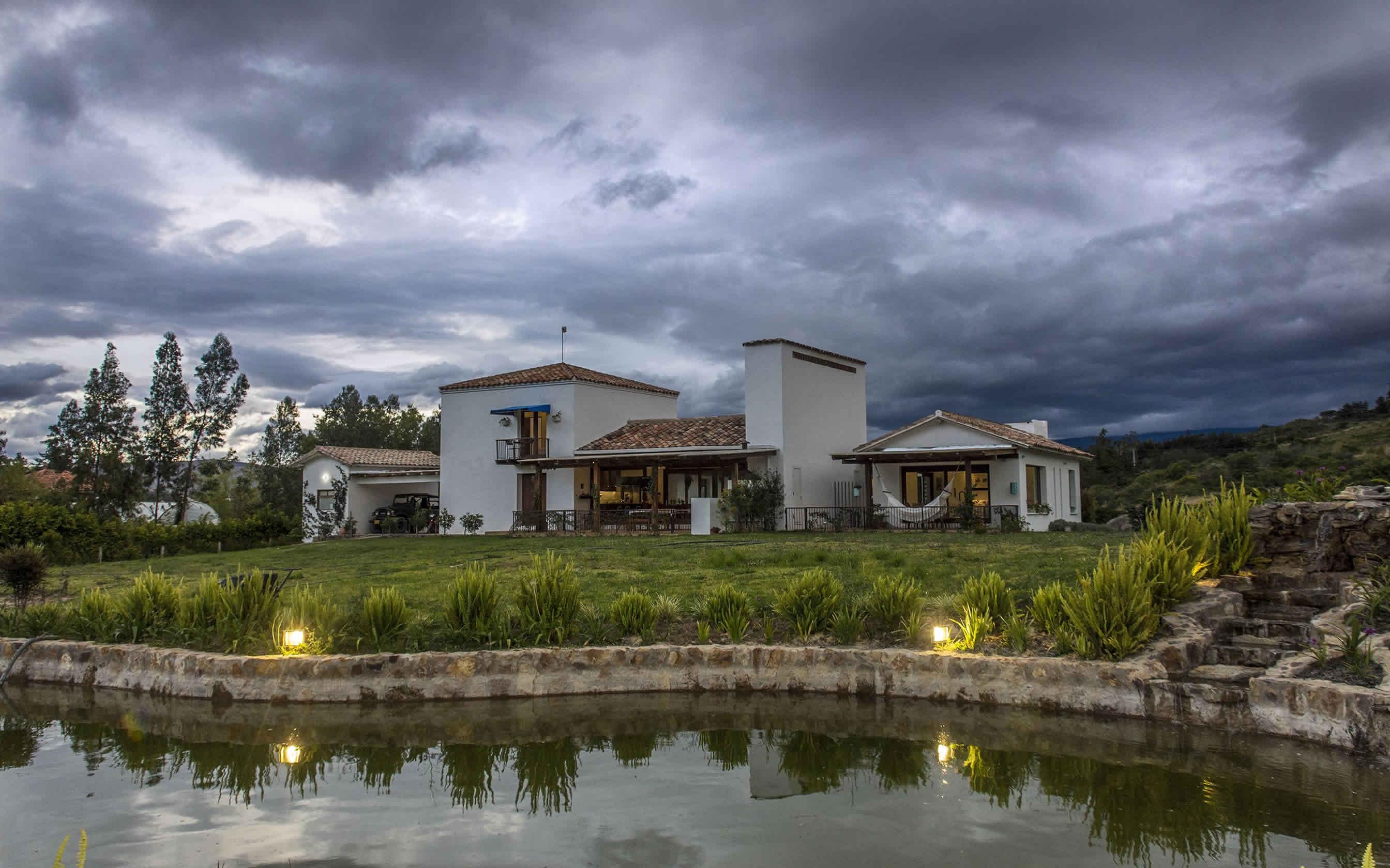 Casa jardín de ángeles - arquitecto Pedro Carvajal en Villa de Leyva